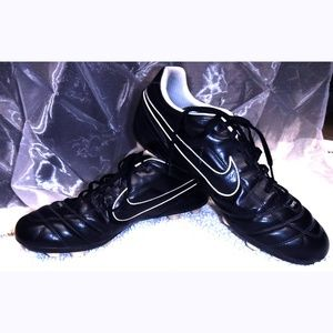 Nike Tiempo Natural II VT soccer cleat shoes